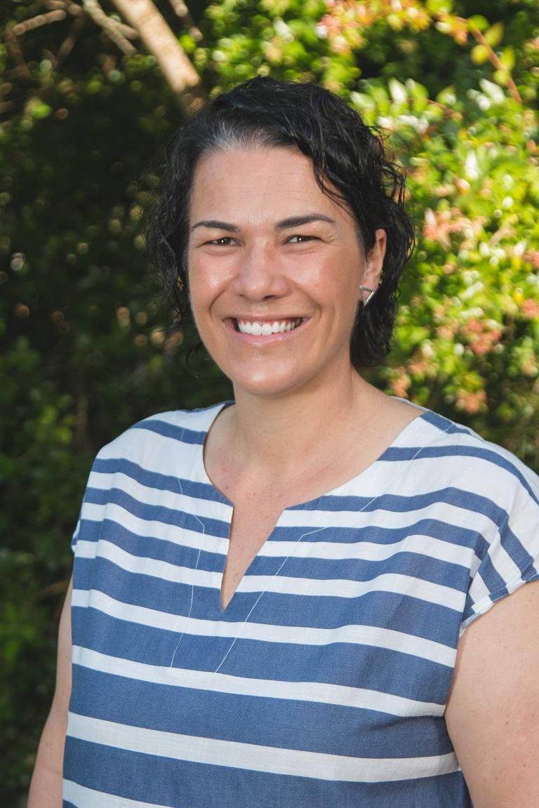 Tania Pelser -Skakelbeampte